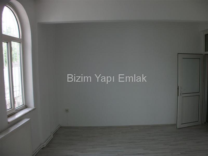 FORUM  ÇAMLIK  AVM  civarı OFİS HİZMETİNE UYGUN 2+1 KOMBİLİ 115 M2
